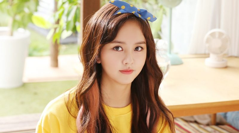 "Kim So Hyun enjoying her trip to America in her 20s… ""Because it's"
